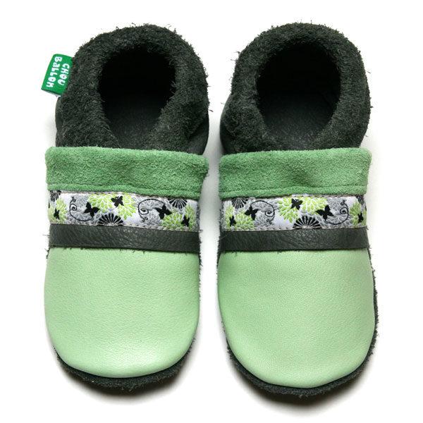 bébé chausson cuir souple tannage végétal ruban papillon vert